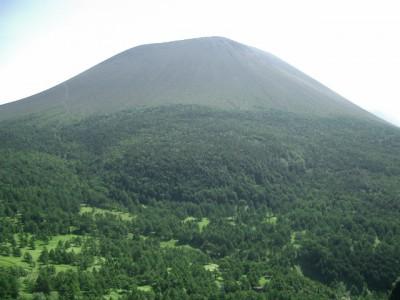 浅間山 032・草すべりから浅間山 (640x480)