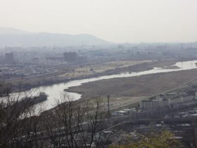 天王山 014・桂川が淀川へ合流 (640x480)